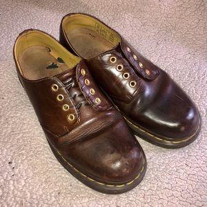 Men's 11 Dr. Martens brown shoes
